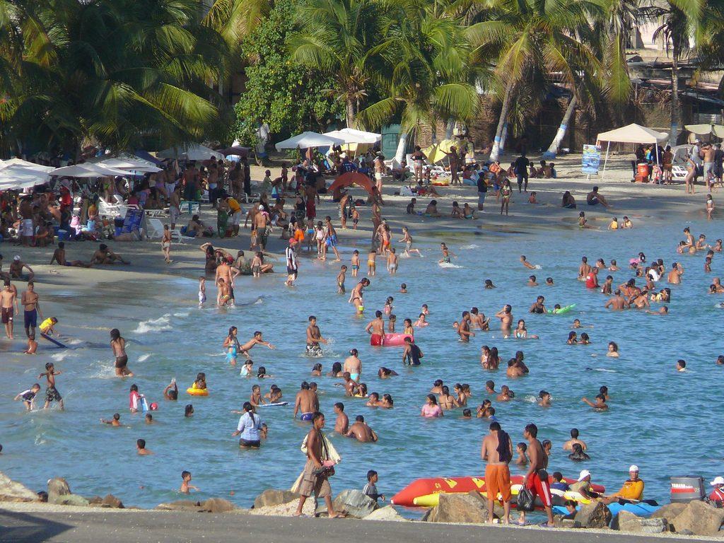Como es Playa Pampatar en Isla Margarita