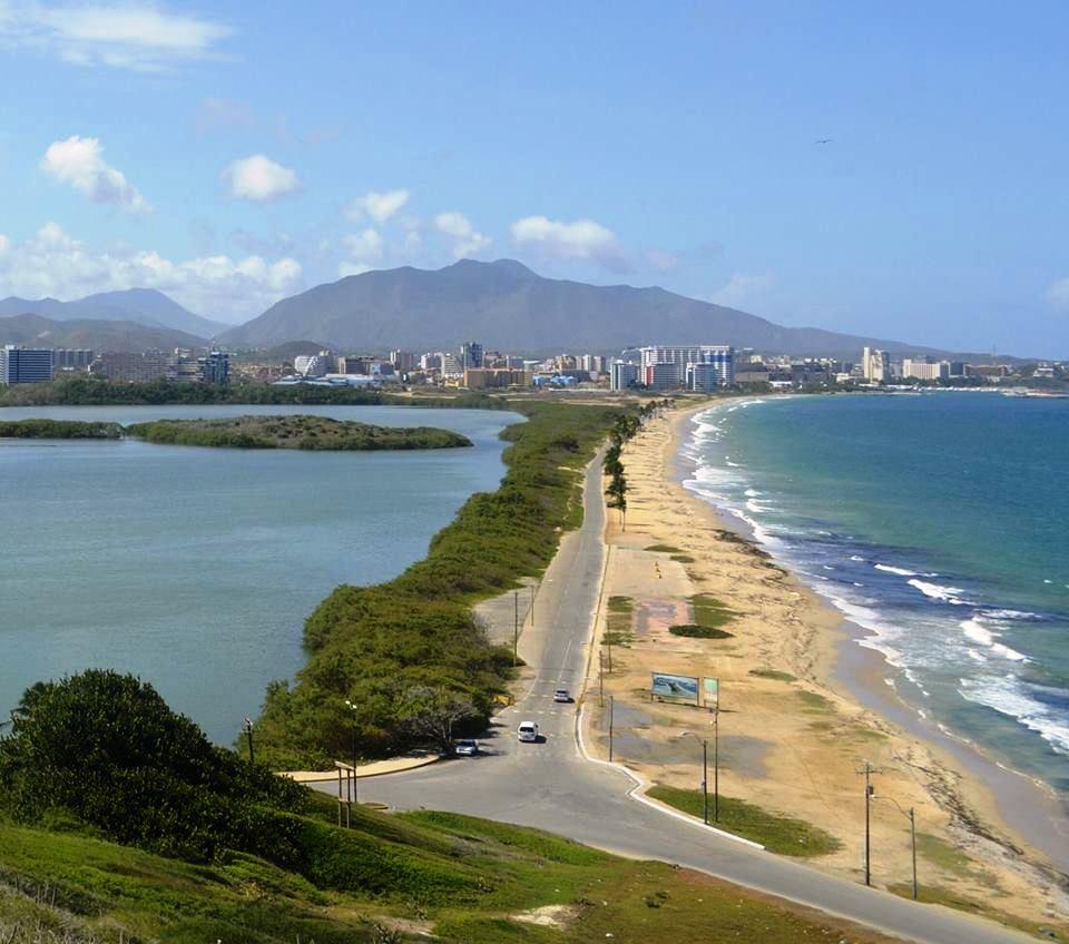 Donde esta Playa La Caracola en Isla Margarita