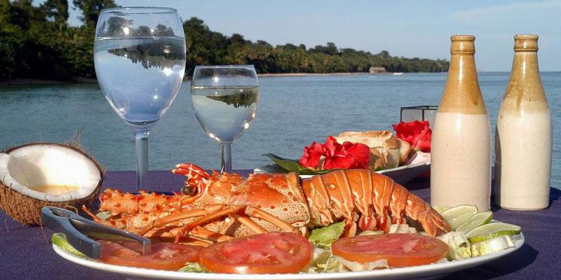 Playas y restaurantes en Isla Margarita