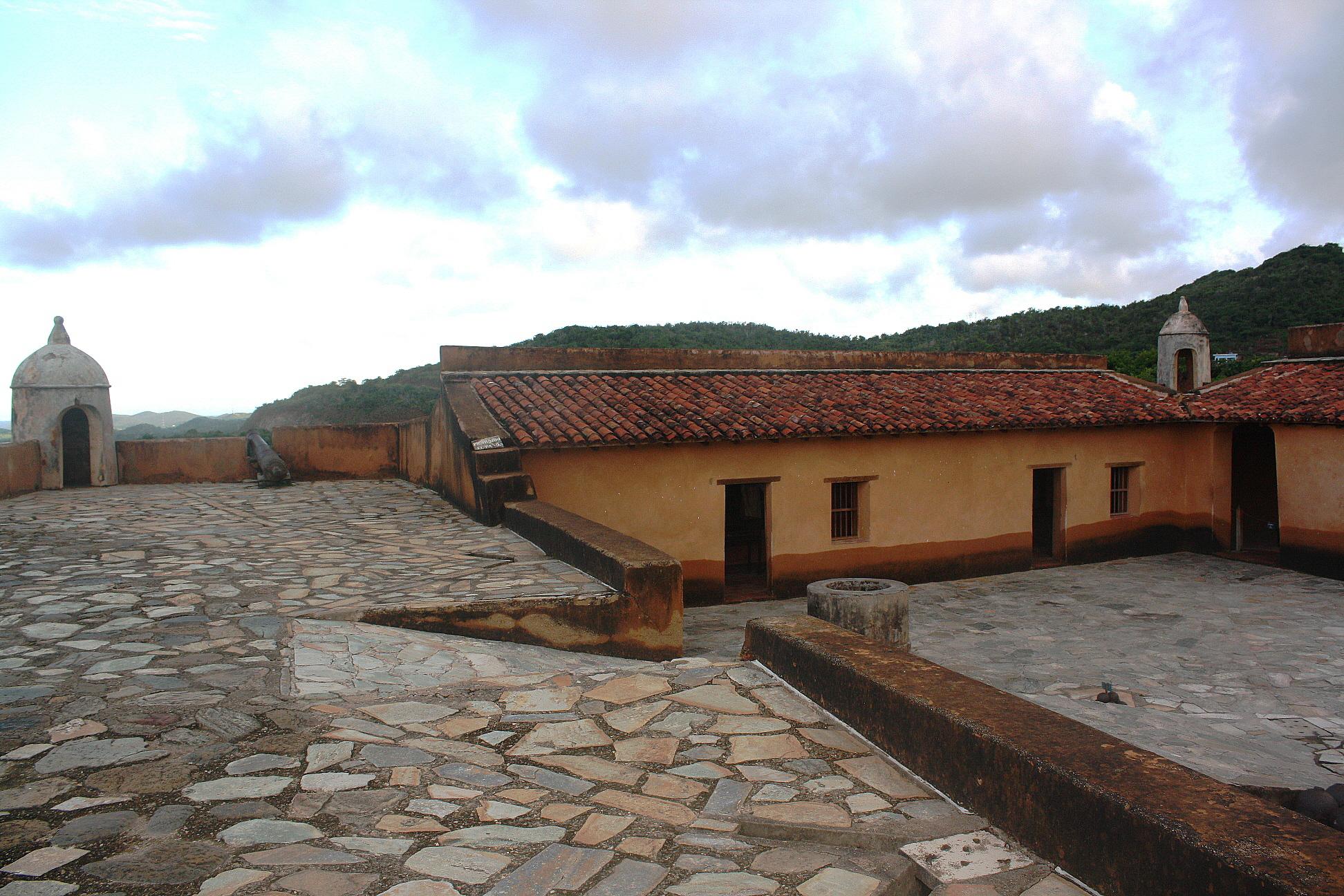 Castillo Santa Rosa la Eminencia en La Asuncion