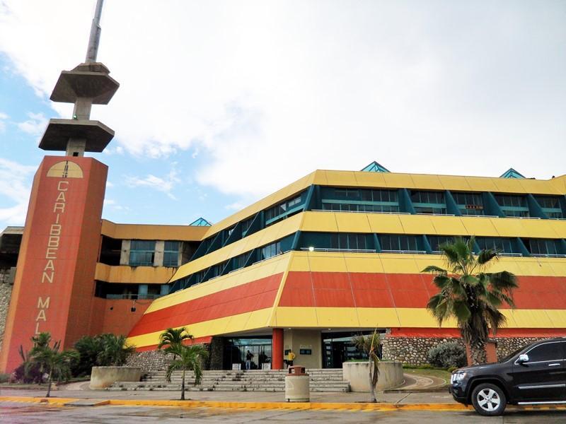 Centro Comercial Caribbean Mall en Isla Margarita