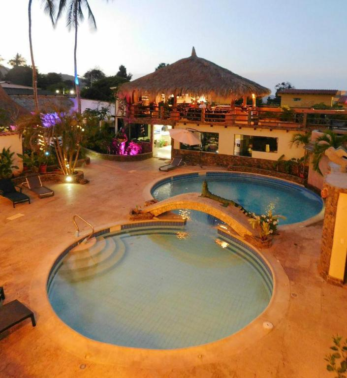 piscina posada guaicora