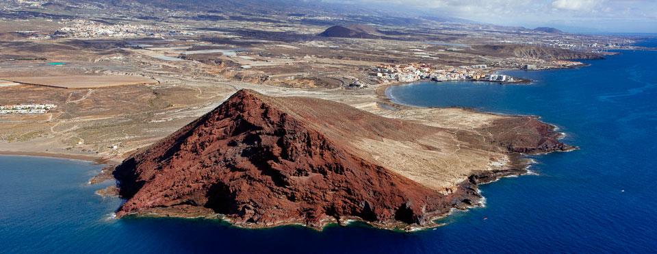 Montaña Roja Playa La Tejita