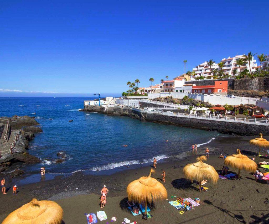 Playas de Tenerife: Playa Chica Playa de Puerto Santiago Santiago del Teide Tenerife
