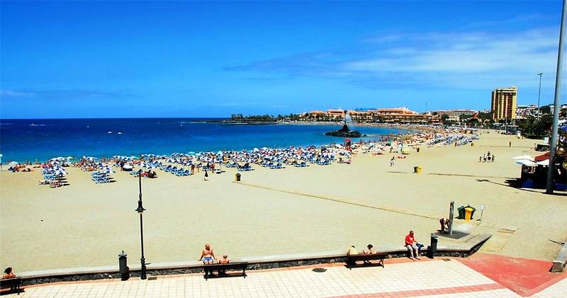 Playas de Tenerife: Playa las Vistas Arona Tenerife