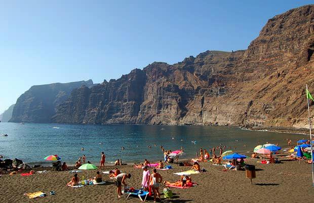 Playas de Tenerife: Playa de los Guios Playa de los Gigantes antiago del Teide Tenerife