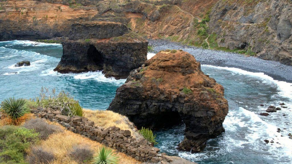 Playas de Tenerife: Playa de los Roques Los Realejos Tenerife