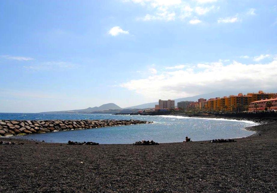 Playas de Tenerife: Playa la Arenita Candelaria Tenerife