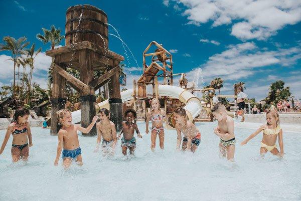 Tenerife con niños: puerto pirata Aqualand Costa Adeje
